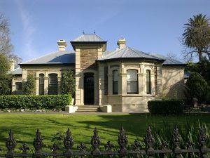 mansion-164866_640