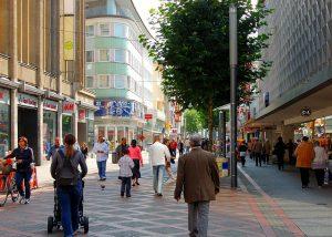 pedestrian-zone-347468_640
