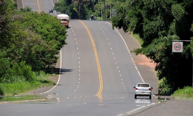 road-242463_640